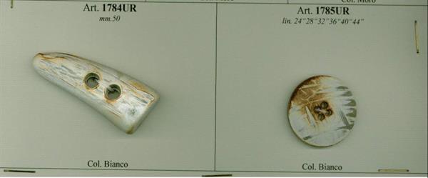 21 - Cornetti per Alamari in Urea con bottone abbinato